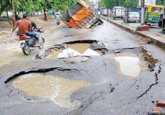 An IITian created road that self repair in Karnataka