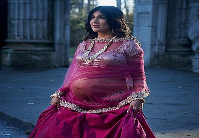 bold maternity shoot