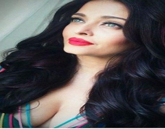 Aishwarya Rai Bachchan Stunning Look AllStory-2