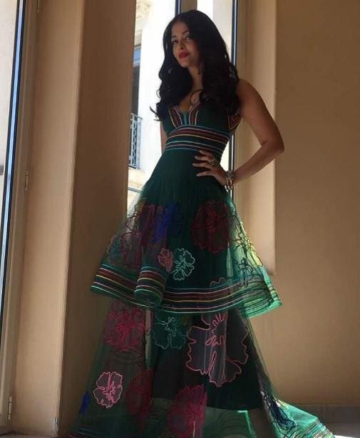 Aishwarya Rai Bachchan Stunning Look AllStory-4