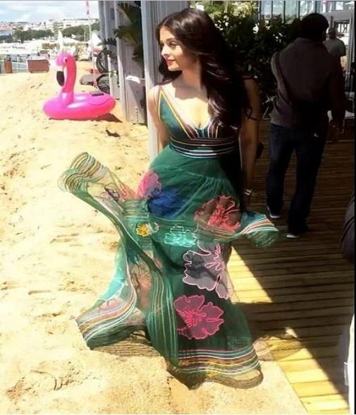 Aishwarya Rai Bachchan Stunning Look AllStory-5