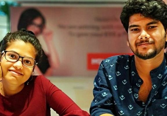 Meet Two Young Students Who Made 20 Crores Selling T Shirts In 2 Years